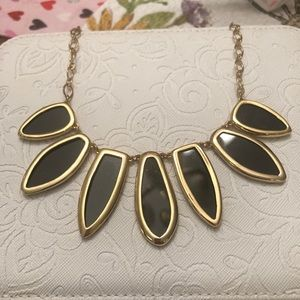 Stella and Dot Allegra Necklace